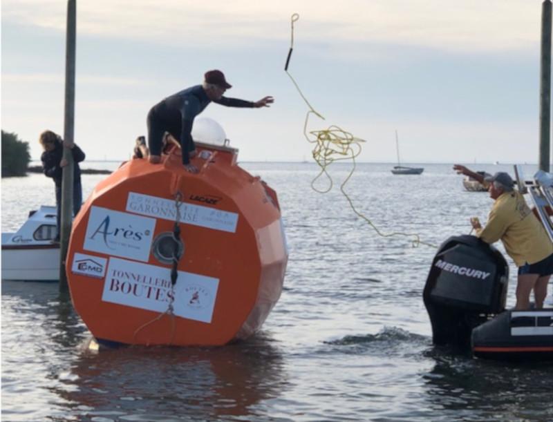 Французский пенсионер пересек Атлантику в бочке. пенсионер, океан, бочка, путешествие, Франция
