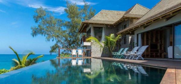 Туристам предлагают арендовать виллу вместе с островом на Сейшелах. 15060.jpeg
