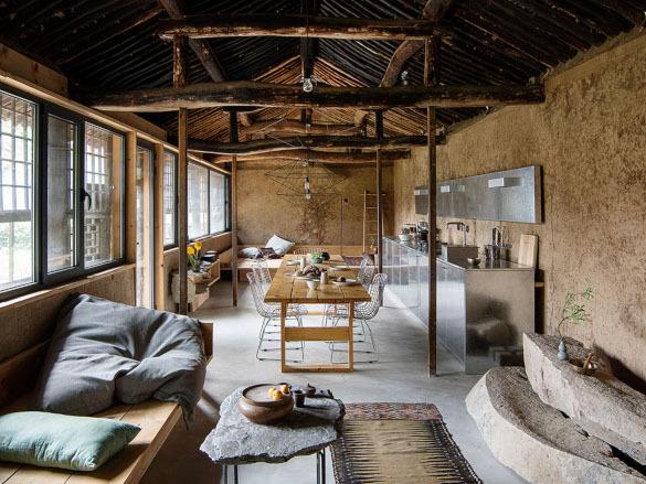 В Китае из заброшенного коттеджа сделали современный дом. 14063.jpeg