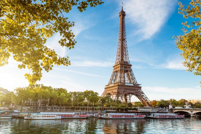 Соседство с Эйфелевой башней оценили в 220 миллионов евро. здание, Эйфелева башня, Париж, Франция