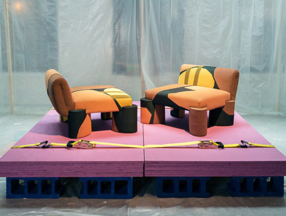 В Италии архитектор создал абстрактную коллекцию мебели и текстиля. 14084.jpeg