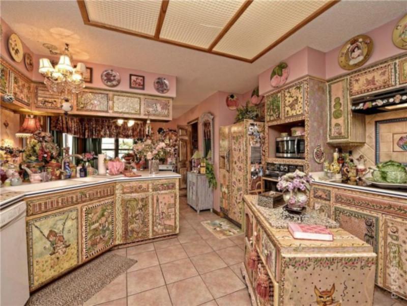 Самый уродливый дом в Техасе выставили на продажу за 400 000 $. дом, розовый, декупаж, продажа, Техас