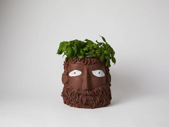 В Бруклине состоялась выставка ваз-портретов. 14119.jpeg