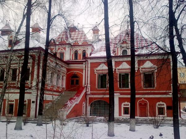 Депутат Ресин сообщил, что реставрация Троекуровских палат в Москве выполнена на 98%. здание, Троекуровские палаты, реставрация, Москва