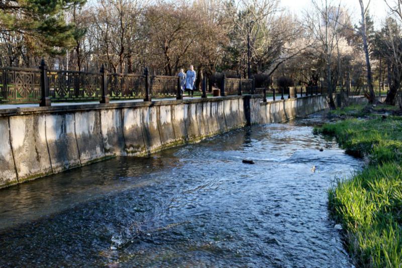 В Симферополе выбран подрядчик реконструкции набережной Салгира. реконструкция, набережная, подрядчик, Симферополь