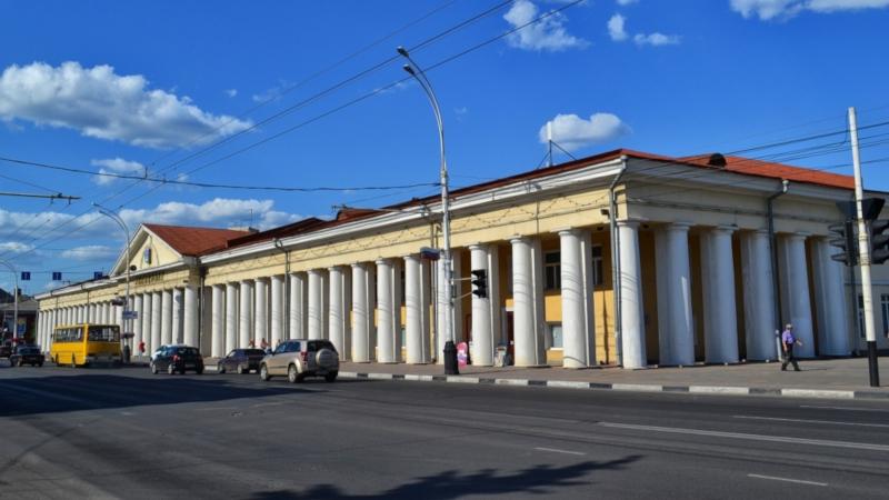 В Тамбове выставлен на торги Гостиный дом XIX века. здание, гостиный двор, торги, Тамбов