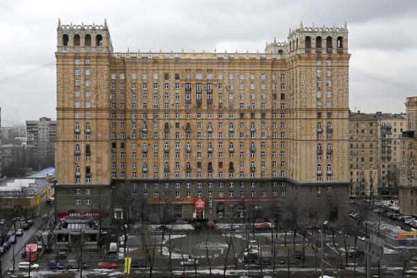 Риелторы назвали цены на аренду квартир в сталинских высотках. дом, квартира, недвижимость, риелторы, аренда, сталинка