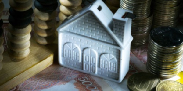 Оренбуржцу не давали продать квартиру из-за долгов в полмиллиона рублей. квартира, продажа, должник, Оренбург