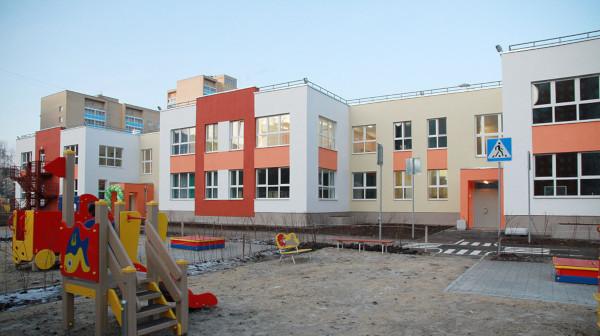 Екатеринбургский депутат предложил строить школы и детсады за счет горожан. 15190.jpeg