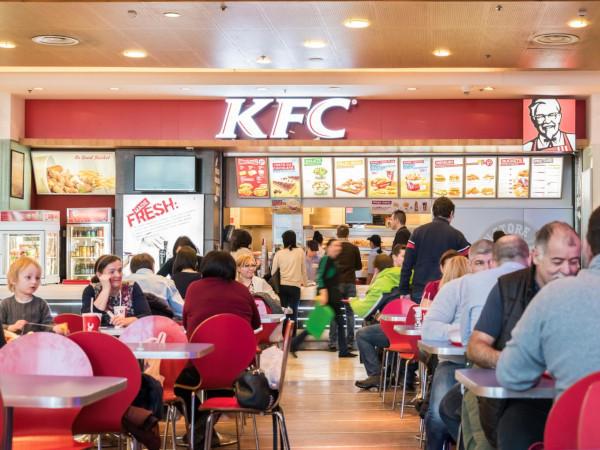 В Петербурге эвакуировали все рестораны KFC и McDonald's. 15191.jpeg