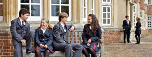 В британских школах появились унисекс-кабинки. Но девочкам стало еще хуже. 15201.jpeg