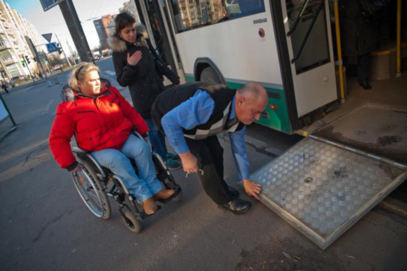 В Петербурге создадут доступную городскую среду для инвалидов. дом, город, городская среда, инвалид, Петербург