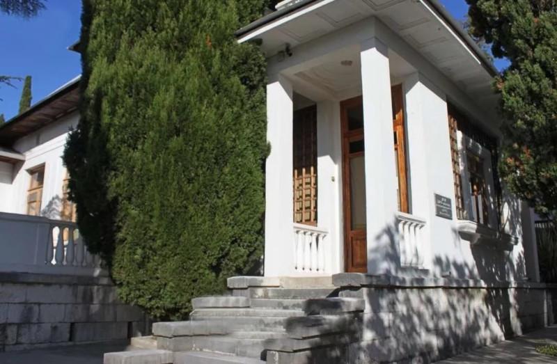 Дом-музей Николая Островского в Сочи может рухнуть. дом, музей, здание, Островский, Сочи