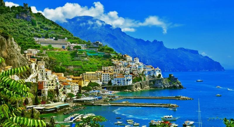 В Италии выставили на продажу сотни домов за один евро - комментарий эксперта. дом, жилье, недвижимость, продажа, Италия