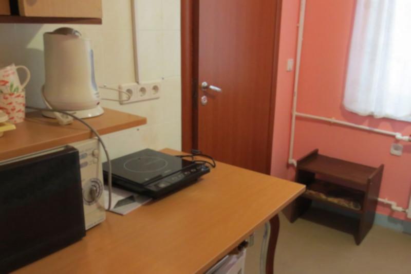 Десятиметровый домпредложили варенду вМоскве. дом, квартира, аренда, Москва