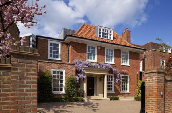 Каждый пятый очень дорогой дом в Лондоне покупают россияне. 14245.jpeg