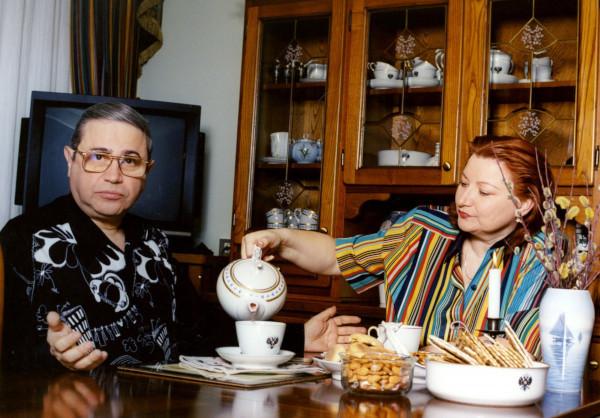 Петросян не может больше года попасть в собственную квартиру из-за развода. дом, квартира, юморист, Евгений Петросян, Елена Степаненко