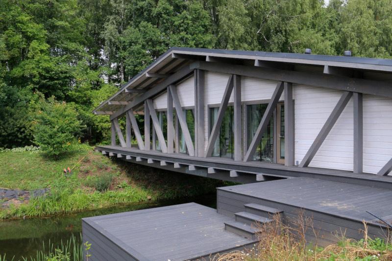 Как выглядит жилой дом-мост в Тульской области. дом, квартира, жилье, мост, Тула