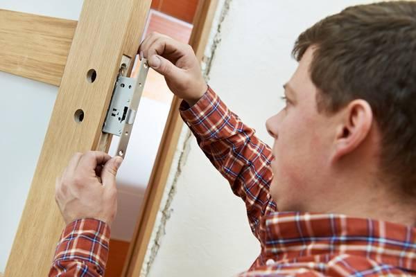 Как отремонтировать двери: пошаговая инструкция. 14269.jpeg