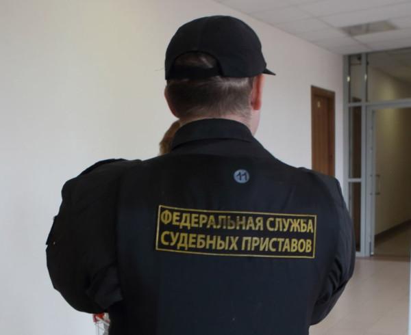 Судебные приставы получат право взламывать двери в квартирах россиян. дом, квартира, судебные приставы