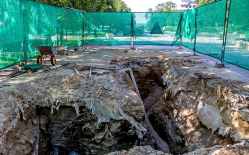 В Нижегородском кремле обнаружили старинную деревянную мостовую. археология, раскопки, древний, мост, Кремль, Нижний Новгород