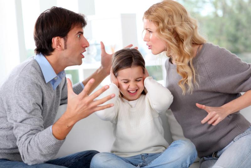 Разведенных пап могут обязать оплачивать ребенку жилье. дом, квартира, семья, развод, алименты, ребенок, закон