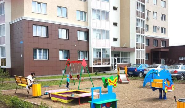 95 квартир в кемеровском микрорайоне «Верхний бульвар» передали многодетным семьям. дом, квартира, многодетные семьи, микрорайон