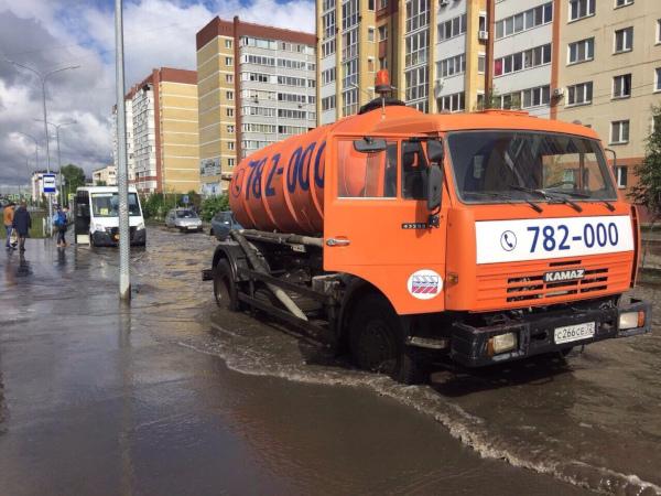 Впрокуратуру Тюменской области задень поступило 70 жалоб накоммунальщиков. дом, квартира, жкх, коммунальная служба, коммунальщики, прокуратура, Тюменская область