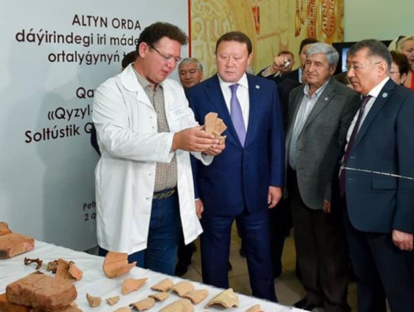 На севере Казахстана нашли мавзолеи времен Золотой Орды. археология, мавзолей, золотая Орда, Кумар Аксакалов, Казахстан