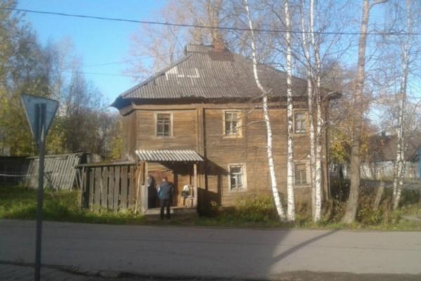 В Вологодской области жизнь ветерана в прогнившем доме опишут в уголовном деле. 14387.jpeg
