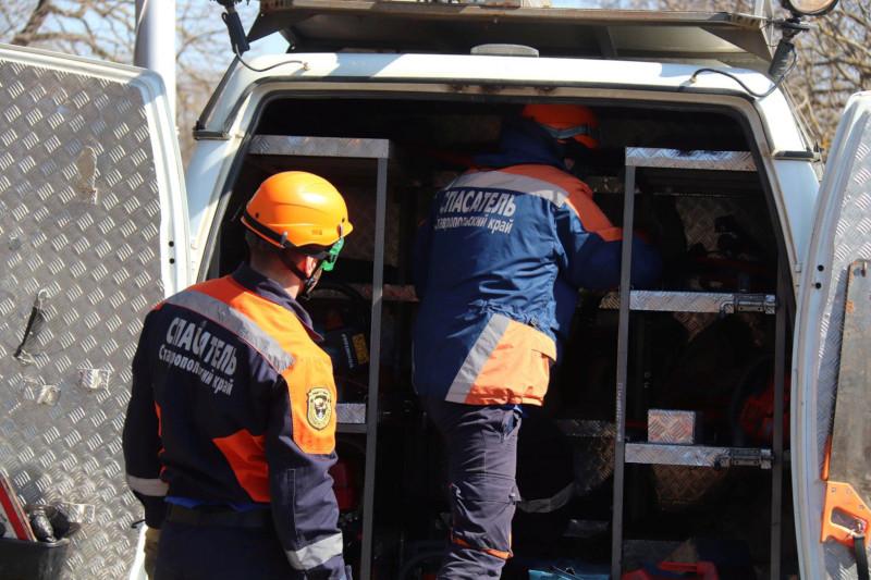 Спасатели Ставрополя не дали замёрзнуть на улице пожилой семейной паре. 15401.jpeg