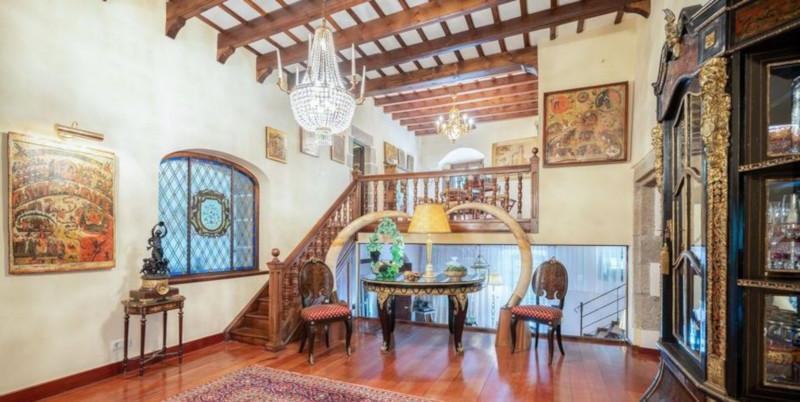 В Барселоне на продажу выставили поместье XIV века. дом, поместье, продажа, Барселона