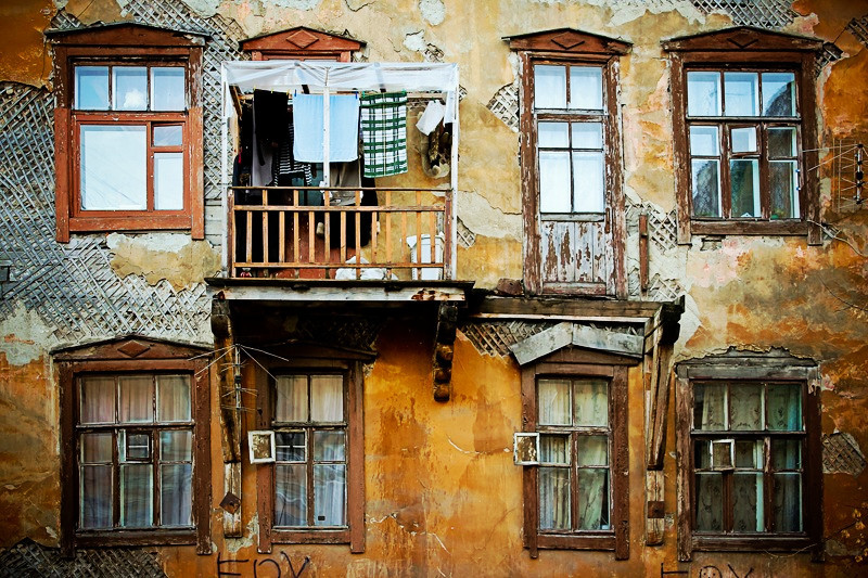 Без угрозы жизни: из ветхого жилья переселять не будут. дом, квартира, жилье, ветхий, расселение, Минстрой