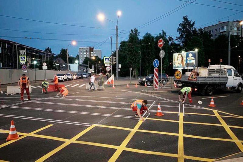 В Петербурге появилась первая «вафельница» на перекрестке. транспорт, дорога, перекресток, Петербург