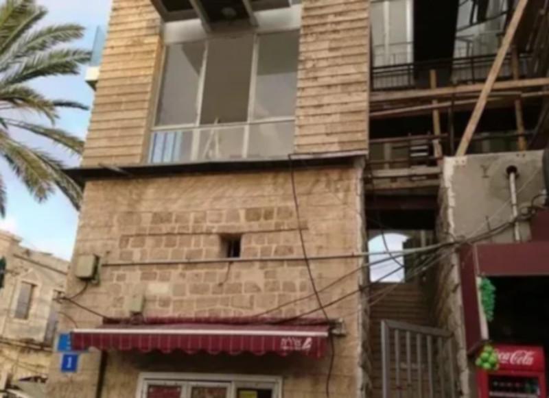Туристки приехали в забронированный отель и обнаружили заброшенное здание. дом, отель, гостиница, туристы, Тель-Авив, Израиль