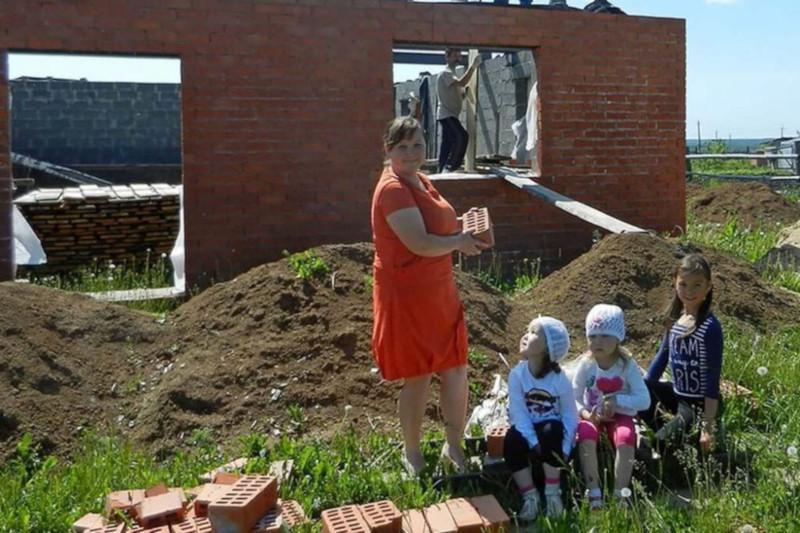 Многодетные семьи Саратова не желают жить в оврагах и на окраинах. 15592.jpeg