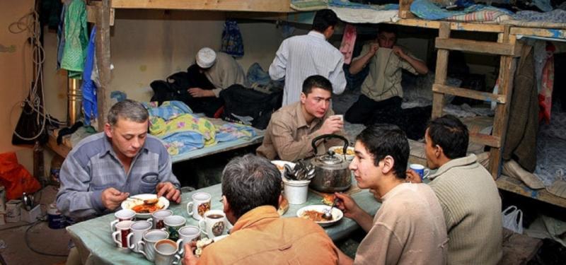 Мигранты активно скупают доли в петербургских квартирах. 15677.jpeg