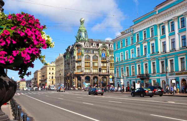 В Петербурге задумались об ограждении тротуаров на Невском проспекте. город, дороги, Невский проспект, Петербург