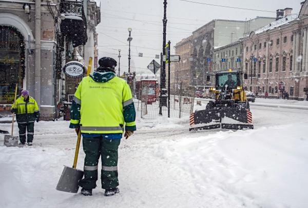 Службы ЖКХ Петербурга противостоят мощным снегопадам. 14772.jpeg