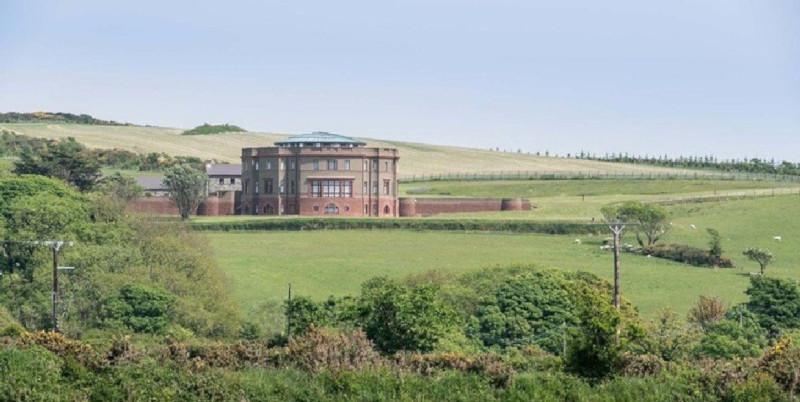 На острове в Ирландском море продается дом изобретателя термостата. 15808.jpeg