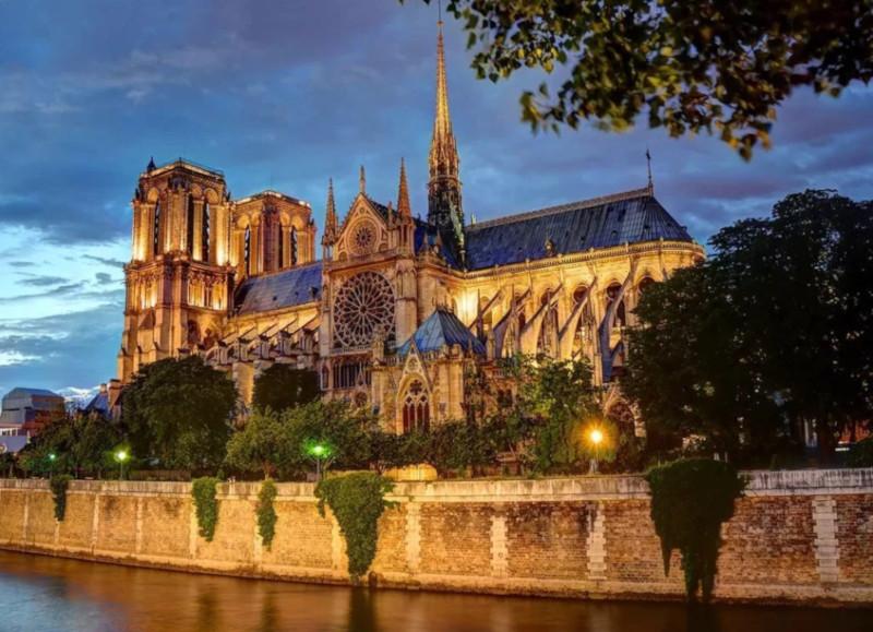 Как пожар в Соборе Парижской Богоматери отразится на турпотоке. 15871.jpeg