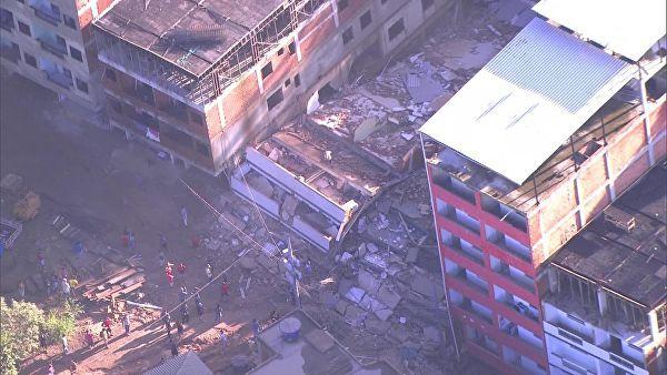 Число погибших при обрушении зданий в Бразилии возросло до 18, пишут СМИ. дом, жилье, обрушение, Рио-де-Жанейро, Бразилия