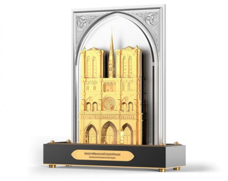 Мастера из Златоуста подарят Франции золотой Нотр-Дам. Собор, мастер, ювелир, золотой, композиция, Нотр-Дам, Франция