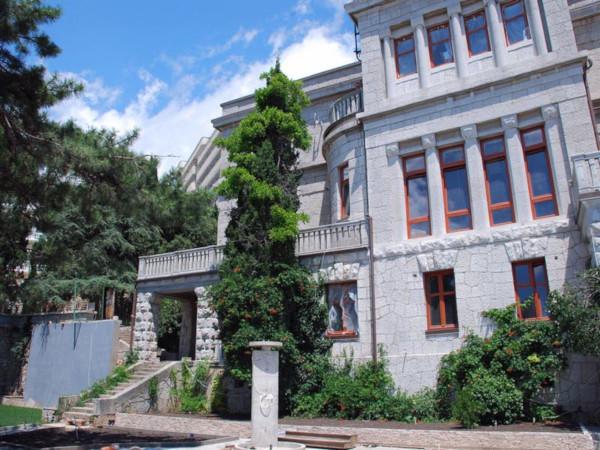 Дворец царского времени на юге Крыма продается за миллиард. 14977.jpeg
