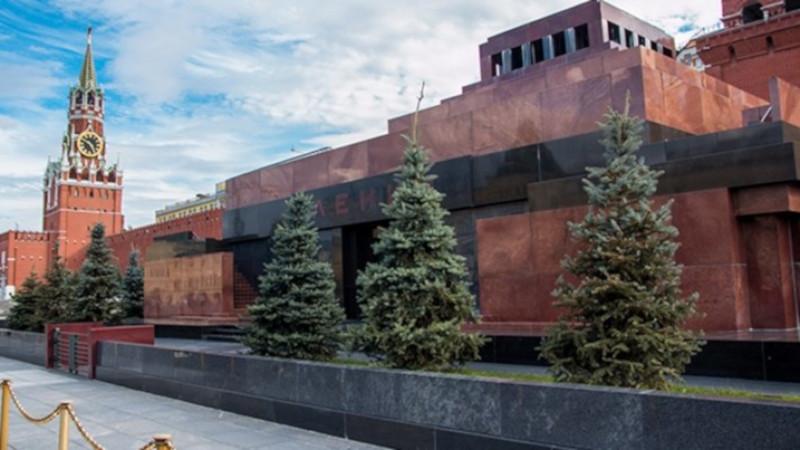 Мавзолей Ленина закроют для посетителей в связи с подготовкой к дню Победы. здание, мавзолей, Москва