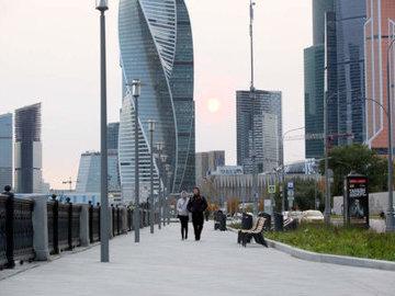 """В деловом центре """"Москва-Сити"""" построят новые дороги и речной причал"""