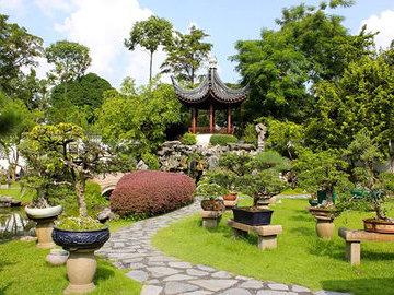 Особенности садово-парковой мебели