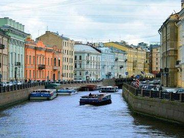 Предложение квартир в новостройках Петербурга снизилось на 21%