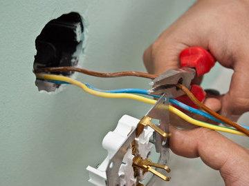 Три способа получить бесплатное электричество на даче