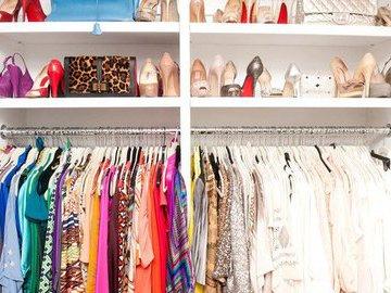 Как навести порядок в шкафу: девять лайфхаков
